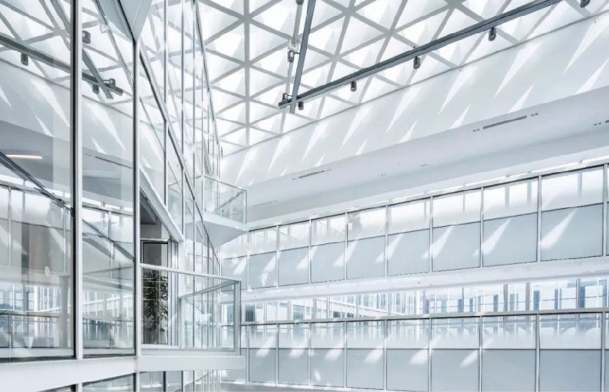 Low-iron glass