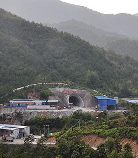 贛龍線隧道